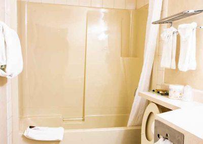 Grande Cache Hotel Bath